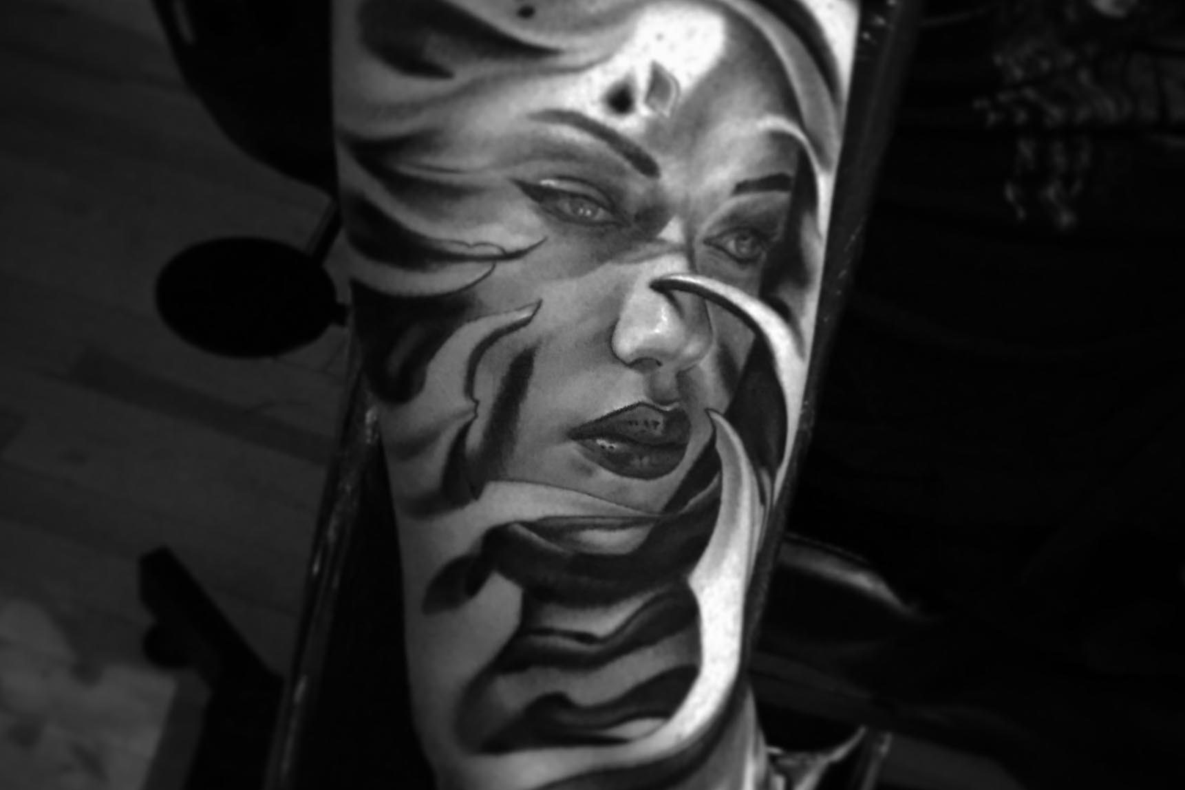 Oly Anger Tattoo Blainville, Tattoo by Oly Anger 1