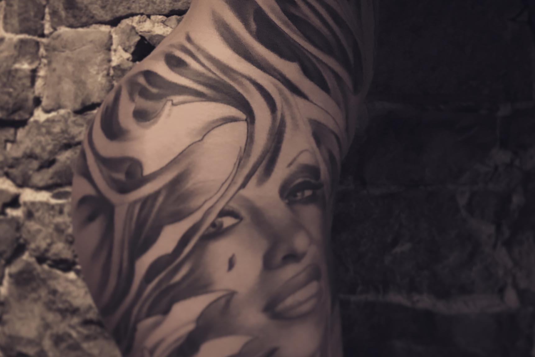Oly Anger Tattoo Blainville, Tattoo by Oly Anger 12